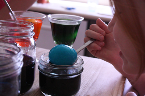 Egg coloring a