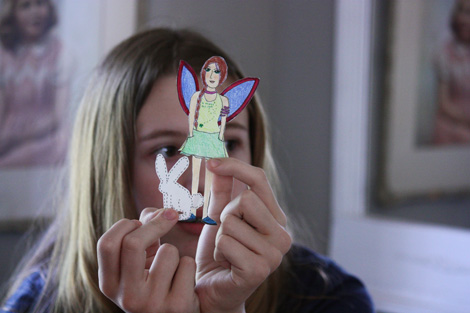 Paper doll a