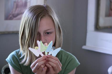 Paper doll f