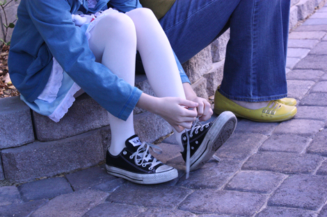 converse alice in wonderland